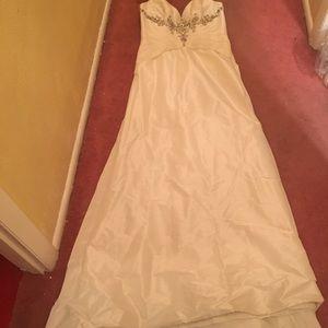 NWT White Satin Wedding Dress with Beading